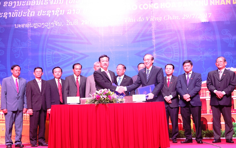 018TpHCM Lao